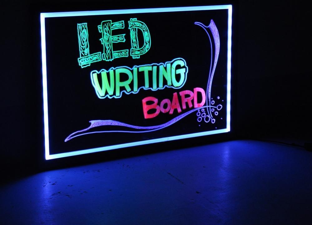 Yếu tố nào tạo nên thành công của một tấm biển quảng cáo đèn LED?